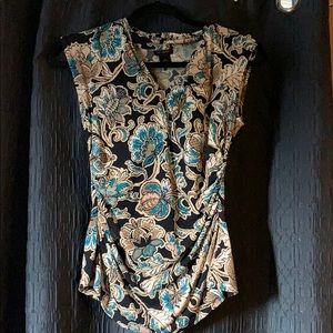 Floral navy sleeveless blouse